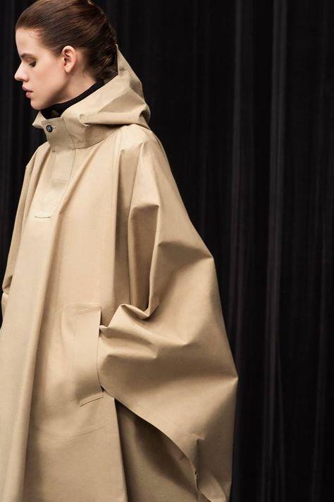 Japanese workwear label HYKE's utilitarian garments. Wonderful - I want one!
