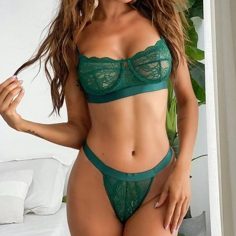 Sexy Lingerie, Green Lingerie, Lingerie Outfits, Pretty Lingerie, Beautiful Lingerie, Lingerie Models, Lingerie Sets, Elegant Lingerie, Bikini Outfits