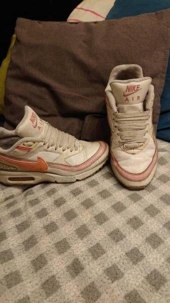 Die Schuhe sind original bw und auch getragen Versand trägt