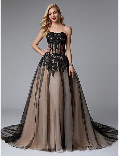 e7d2dc1aa643ad Випускне плаття: 300 $ - Женская одежда Хуст на Olx | плаття in 2019 |  Ручна вишивка