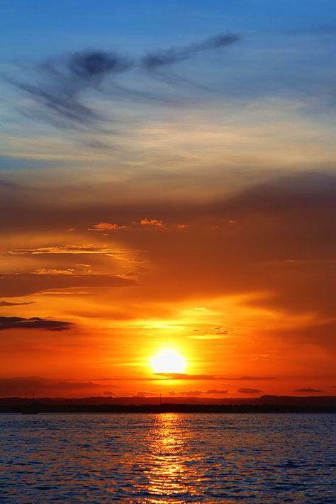 Sunset on the Malecon, La Paz, Baja California Sur, Mexico. Beautiful World, Beautiful Places, Beautiful Pictures, Baja California, Sunset Pictures, Nature Pictures, Nature Landscape, Amazing Sunsets, Beautiful Sunrise