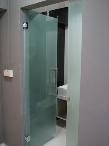 Glass Bathroom Entry Doors In 2020 Glass Bathroom Glass Doors Interior Glass Bathroom Door