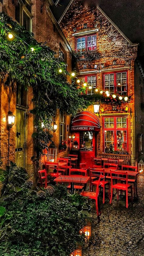 Who would you take on a date at this cozy little restaurant in Bruges, Belgium? … Who would you take on a date at this cozy little restaurant in Bruges, Belgium? Oh The Places You'll Go, Places To Travel, Travel Destinations, Beautiful World, Beautiful Places, Wonderful Places, Cozy Restaurant, Lantern Restaurant, Travel Aesthetic
