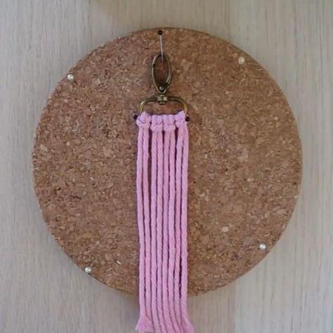 Macrame Wall Hanging Diy, Macrame Art, Macrame Projects, Macrame Knots, Macrame Jewelry, Macrame Earrings, Micro Macrame, Rope Crafts, Diy Crafts Hacks