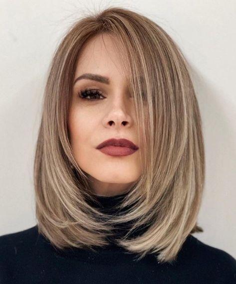 Medium Hair Styles, Short Hair Styles, Medium Hairstyles Women, Haircuts For Medium Length Hair Straight, Mid Length Hair, Layers For Straight Hair, Shoulder Length Hair Cuts Straight, Shoulder Hair Cuts, Women's Haircuts Medium