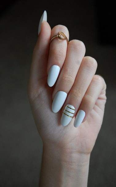 Nails Matte White Gold 36 Ideas Oval Acrylic Nails Trendy Nails Gold Glitter Nails