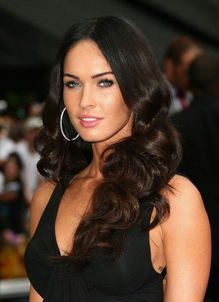 A Bela Megan Fox In 2019 Megan Fox Hair Megan Fox Photos
