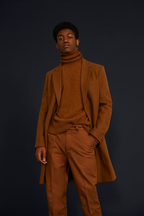 AMI Pre Spring 2019 Collection release date info drop Source by casual outfits 70s Fashion Men, Winter Fashion, Fashion Black, High Fashion Shoots, Boho Fashion, Vintage Fashion, Womens Fashion, Black Man, Turtleneck Outfit