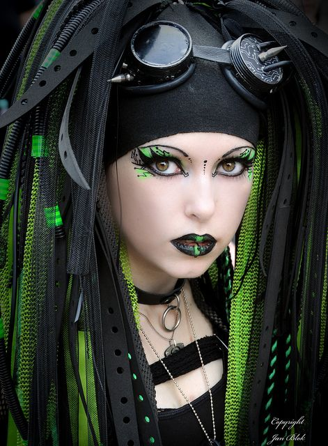 I'd call this more Cyberpunk than Goth, but it's too striking not to share.