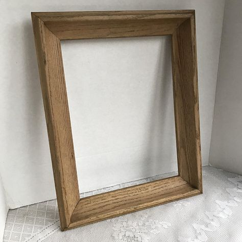Vintage Light Brown Wooden Picture Frame 10 X 13 Inch Wood Frame Vintage Picture Frames Picture Frames Wooden Picture Frames