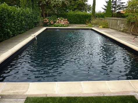 Piscine liner noir - Hydro Sud Montauban | Natural swimming pools ...