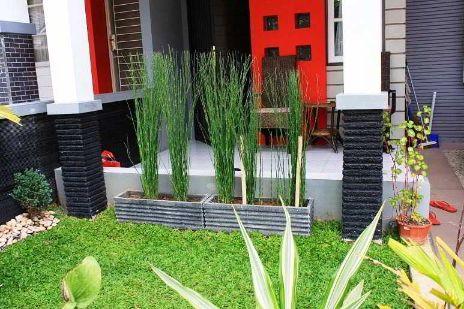 Desain Taman Depan Rumah Mungil Minimalis Cantik Dan Mewah Gambar Rumah Minimalis 2017 Minimalist Garden Design Unique Gardens Minimalist Garden