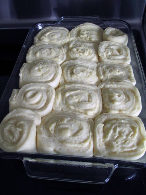 by Heather Harris Brady All my fellow bakers out there probably understand what I'm talking about when I say I rarely make anything just to please myself. After all one of the greatest joys o… Almond Rolls Recipe, Almond Recipes, Savory Breakfast, Breakfast Recipes, Dessert Recipes, Breakfast Muffins, Desserts, Bread Bar, Keto Bread