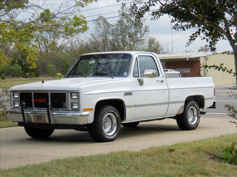 85 Gmc Sierra Classic Mine Was Light Blue Silver With All Chrome