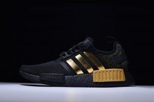 2018 VERSACE x adidas NMD R1 Black Gold BA7250 Mens Sneakers