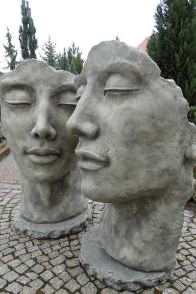 Gesicht Frau Oder Mann Gartenfiguren Steinfiguren Steinfiguren Garten