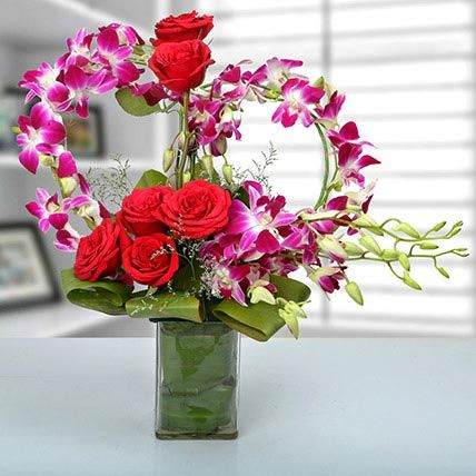 Rose And Orchid Arrangement Gift Red Rose Purple Orchid Arrangement Ferns N Petals Orchid Arrangements Flowers Online Orchids