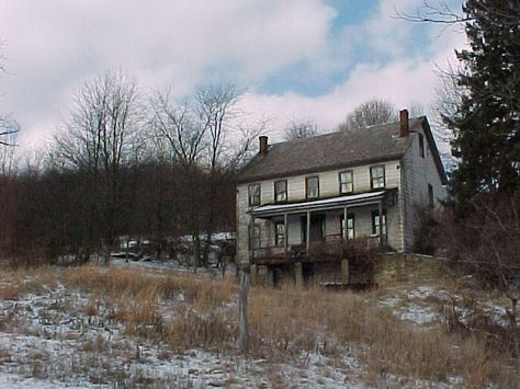 Old Farm Houses On Pinterest Farms Old Farmhouses And