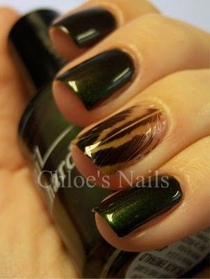 feather nails omg!!