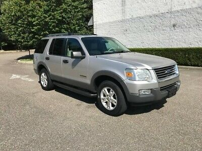 Ebay Advertisement 2006 Ford Explorer Xlt 4x4 Third Row Seating