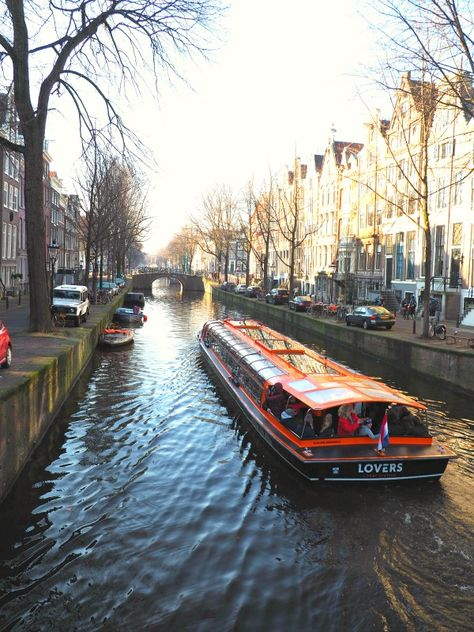 Ocean S Twelve Filming Locations In Amsterdam Filming Locations Oceans Twelve Travel Pictures