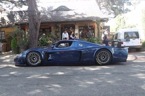 50; that's the original number of uber rare Maserati MC12 Corsa race cars the Italian firm built between 2004 and 2005. So with such a limited amount of cars built, you wouldn't expect to see one just hanging out on a residential street. Someway, somehow, in Northern California—Idid. Scrambling togetmy camera equipment, I had to