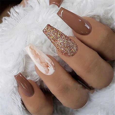 39 trendy fall nails art designs ideas to look autumnal and charming - autumn nail art ideas fall nail art fall art designs autumn nail colors autumn nail ideas almond nail art ideas coffin nail art designs dark nail designs coffin nails Cute Nails, Pretty Nails, My Nails, Cute Fall Nails, Nails For Autumn, Shellac Nails, Gold Nail Art, Gold Nails, Marble Nails