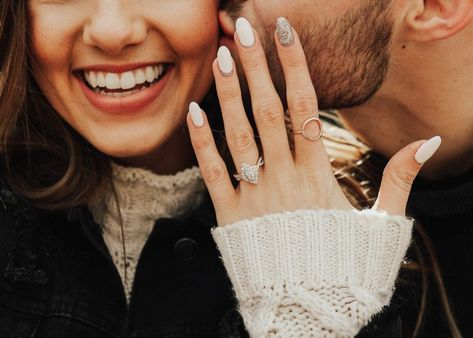 A Proposal Checklist: 10 Things To Do To Plan the Perfect Proposal Winter Engagement Photos, Engagement Photo Poses, Engagement Photo Inspiration, Fall Engagement, Engagement Couple, Engagement Pictures, Engagement Shoots, Engagement Photography, Announcing Engagement
