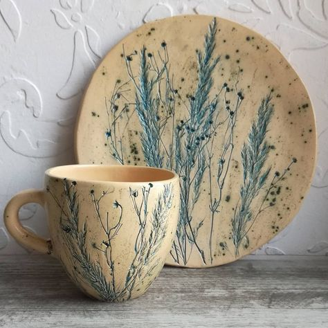 Pottery cafe - 56 creative DIY tableware ideas Page 22 of 56 – Pottery cafe Pottery Cafe, Slab Pottery, Pottery Studio, Ceramic Pottery, Ceramic Clay, Ceramic Plates, Ceramic Decor, Keramik Design, Diy Tableware