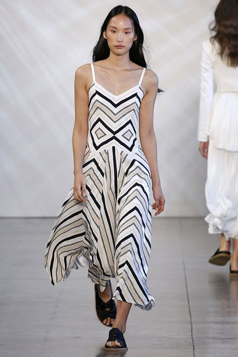 LOOK 17  Noon by Noor  Spring Summer 2019 New York Fashion Week Thursday, September 6, 2018