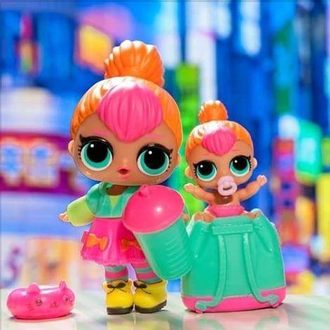 NEON Q.T SERIES 2 COLOR CHANGE doll as picture LOL Surprise LiL Sisters L.O.L