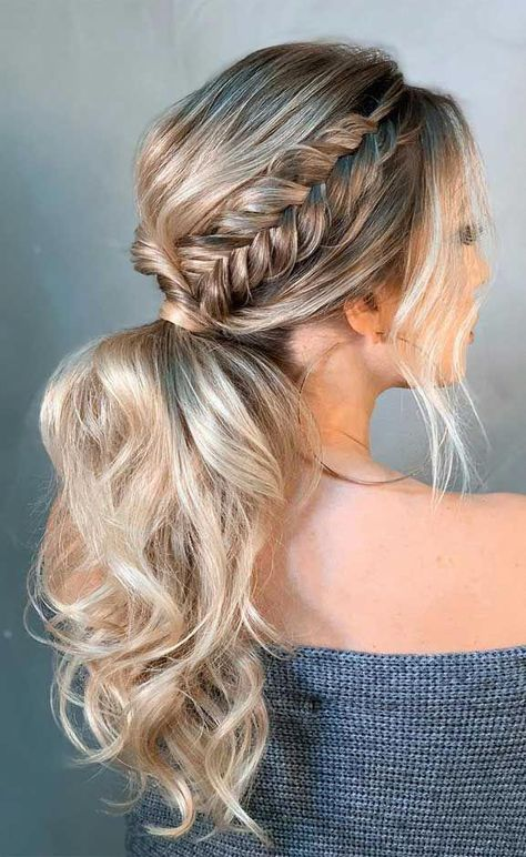 ponytail updos for weddings, ponytail hairstyles, ponytail hairstyles 2020, wedding ponytail, prom hairstyles, prom ponytail #weddinghairstyles wedding hairstyles, ponytail #ElegantBridalHairstyles