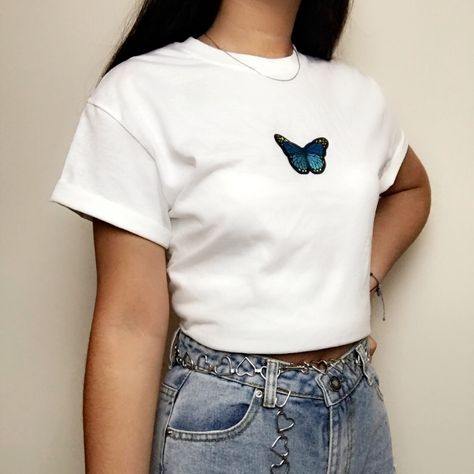 White blue butterfly graphic tee shirt *brand new. Butterfly Shirts, Blue Butterfly, Aesthetic Shirts, Aesthetic Clothes, Pretty Shirts, Cute Shirts, Camo Outfits, Fashion Outfits, Under Armour Sweatshirts