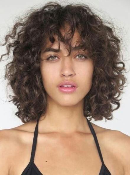 Trendy Hairstyles Curly Bangs 32 Ideas Curly Hair Styles Hairstyles With Bangs Curly Bangs
