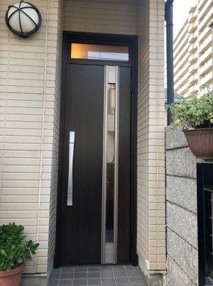 玄関ドアリフォームを兵庫で行うきたむらのビフォーアフター 玄関