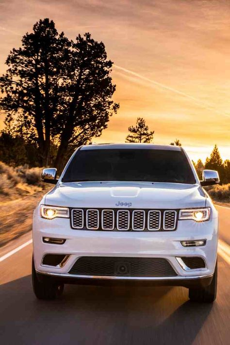 Do Jeep Grand Cherokees Have Timing Belts? - My Jeep and Me White Jeep Grand Cherokee, Jeep Grand Cherokee Limited, Cherokee Car, Cherokee 2014, Cherokee Srt8, Land Cruiser, Toyota Fj Cruiser, Toyota Supra, Toyota Celica