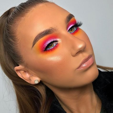 Hey guys! I created this look using @beautybaycom 's new 42 Colour Brights Palette - to watch the tutorial head over to Beauty Bay's IGTV…