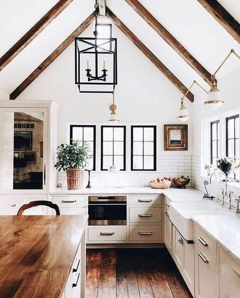 This is a perfect Modern Farmhouse kitchen idea, small but spacious, i love the designs and is just perfect, think this will be good for my next kitchen makeover. If you ever want to remodel your kitchen or renovate, Hope this idea help you somehow to redesign and remake your kitchens for space! source : @lankandpillow instagram #kitchen #kitchendesign #rug#opensh #kitchenredesign #Farmhouserenovation