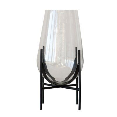 Clear 15 75 Glass Table Vase In 2020 Unique Floor Vases Glass Table Table Vases