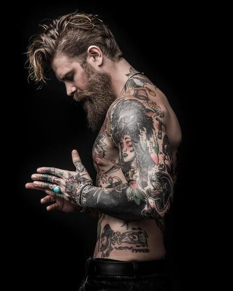 Best Beard Balms and Conditioners. All products made with the finest Beard Oil and Beard Wax ingredients to give your great style, hold and tame Beard hair. Sexy Tattoos, Tattoos For Guys, Sleeve Tattoos, Tattooed Guys, Bearded Tattooed Men, Hot Bearded Men, Josh Mario John, Look Man, Geniale Tattoos