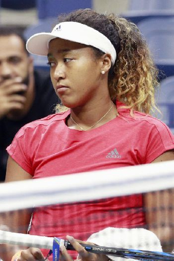 Naomi Osaka Split From Her Coach Because She Didn T Want To Sacrifice Her Own Happiness Osaka Tennis Bajin Happine Tennis Players Female Osaka Sports Women