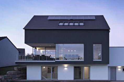 Untergeschoss in Kombination mit Hang und Balkon
