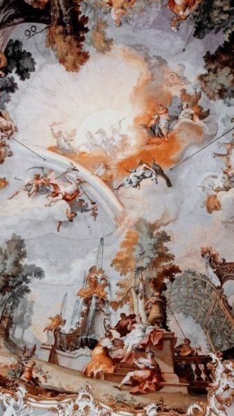 Wallpaper in the renaissance