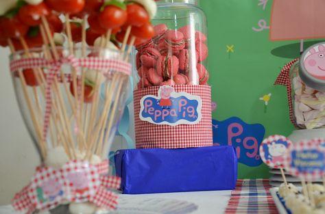 Festa Peppa Pig Party https://www.etsy.com/listing/157984668/peppa-pig-party-decor-big-set-digital?ref=related-2 Kit Festa Personalizado Peppa Pig http://www.elo7.com.br/bolleblu/peppa-pig/al/69099