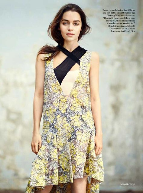 Emilia Clarke - Vogue december