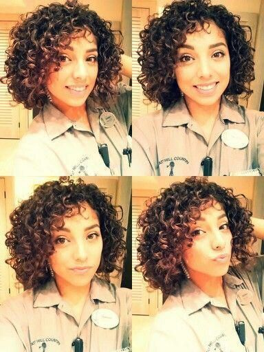 Cute Hairstyles For Short Curly Hair Shorthaircutsforcurlyhair Short Natural Curly Hair Curly Hair Styles Short Curly Weave Hairstyles