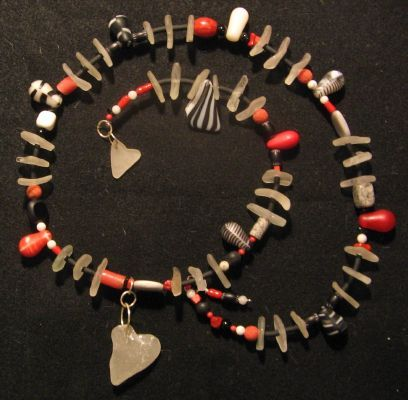 "Linda Sullivan - ""Dangling Hearts"""