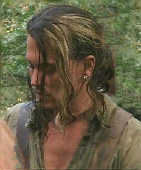 This photo has the Jungle Look, awesome look here Johnny Depp