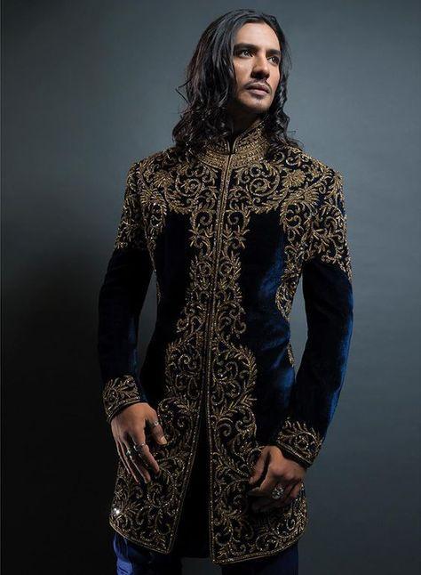 Vogue Westeros — Coat for a Lord of House Arryn Look Fashion, High Fashion, Fashion Design, Indian Men Fashion, Mens Fashion, Mens Sherwani, Sherwani Groom, Indian Groom Wear, Mens Kurta Designs