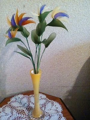 Moje Pasje Artystyczne 9 Kwiaty Z Rajstop Oraz Z Krepy Wloskiej Plants